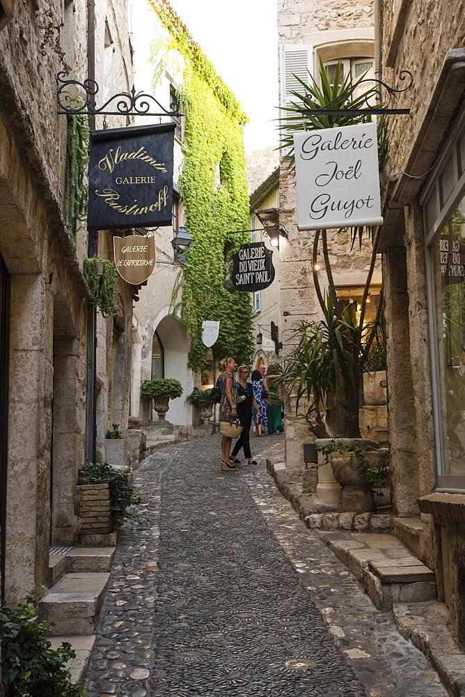 Saint-Paul de Vence, Cote d'Azur, Alpes Maritimes, Provence, France, Europe - 741-5530