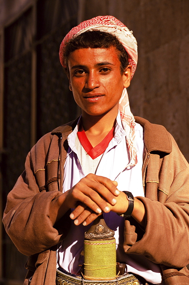 Portrait of a young man, Old Town, Sana'a, Republic of Yemen, Middle East