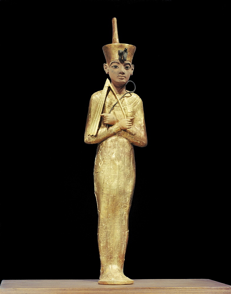 Ushabti of Tutankhamun, showning king wearing the red crown of the North, from the tomb of the pharaoh Tutankhamun, discovered in the Valley of the Kings, Thebes, Egypt, North Africa, Africa