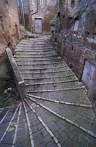 Steps to Porta Sovana, Pitigliano, Archeotrekking in Tuscany, Italy