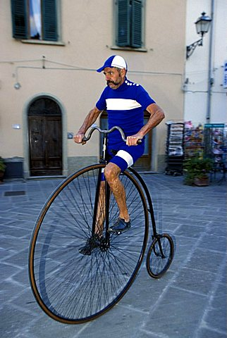 Granfondo Eroica bicycle race, Gaiole In Chianti, Tuscany, Italy
