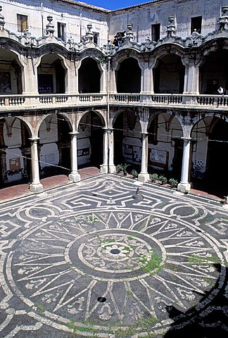 Courtyard, Istituto d'Arte palace, Catania, Sicily, Italy
