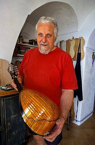 Lute-maker, Praiano, Campania, Italy