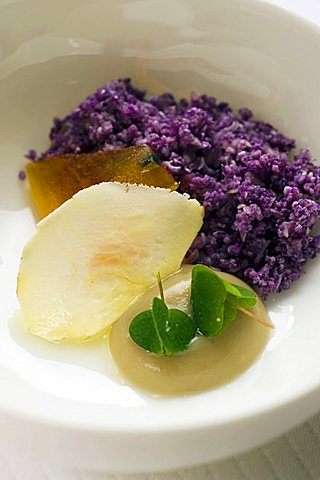 Purple caulyflower cous cous with khaki and chestnut mousse, Claude Bosi chef,  London, England, UK, Europe
