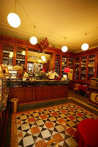 Historic Cavo cafe, Via di Fossatello, Genoa, Ligury, Italy, Europe