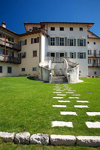 Giardino dei semplici, Palazzo Baisi, Brentonico plateau, Trentino Alto Adige, Italy, Europe