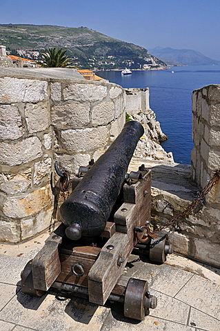 Walls of Dubrovnik, Grad old town, Dubrovnik, Dalmatia, Croatia, Europe