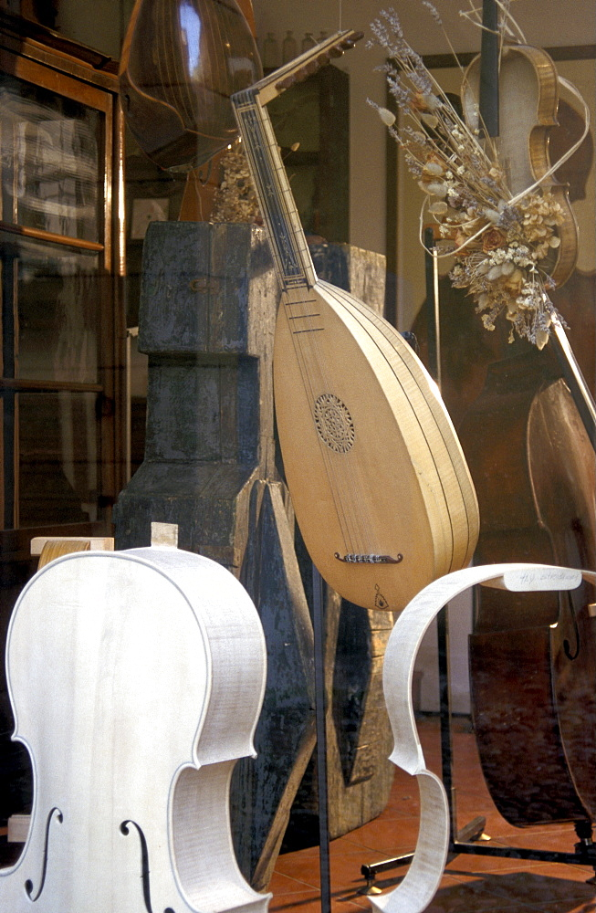 Grisales and Russo lute-maker, Cremona, Lombardy, Italy