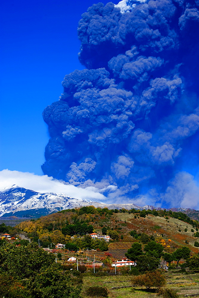 Eruption of Etna volcano, Zafferana Etnea area, UNESCO, World Heritage Site, Sicily, Italy, Europe