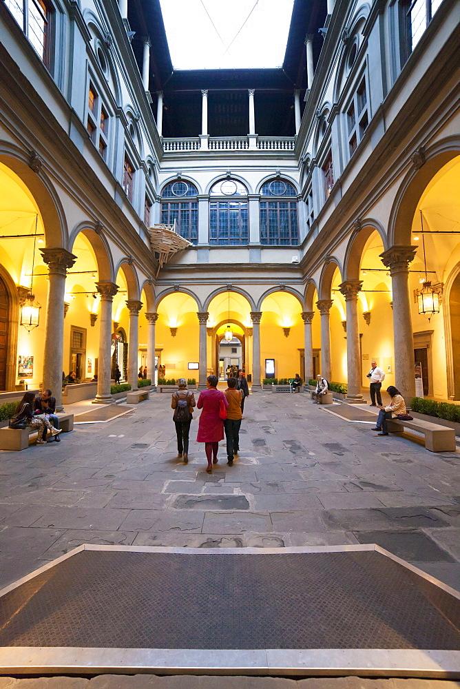 Couryard of Palazzo Strozzi, Florence, Tuscany, Italy, Europe