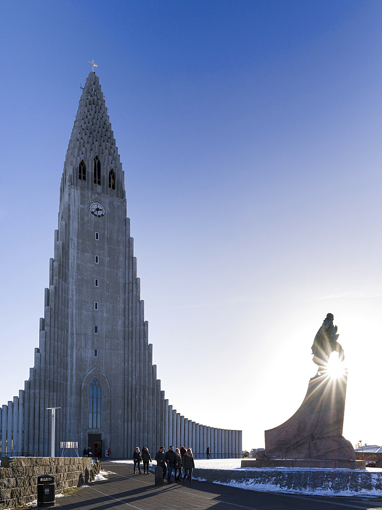 Reykjavik, monument for Leif Eriksson in front of  Hallgrimskirkja. europe, northern europe, iceland,  February