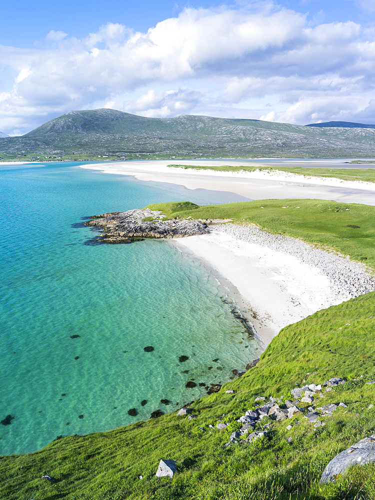 Isle of Harris, part of the island Lewis and Harris in the Outer Hebrides of Scotland. Seilebost Beach on South Harris.  Europe, Scotland, July