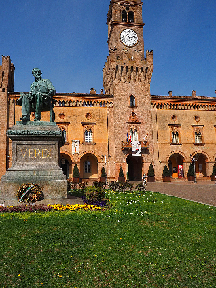 Piazza Giuseppe Verdi square and The Rocca Pallavicino castle, historical center, Busseto, Emilia Romagna, Italy, Europe
