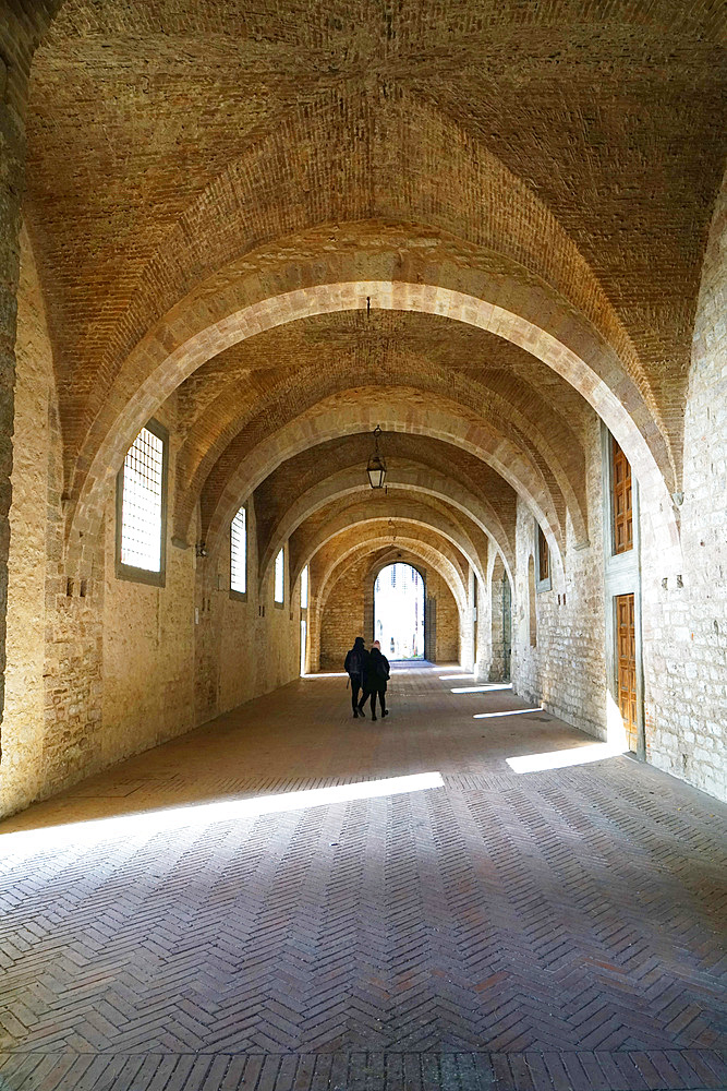 Arches of Palazzo Ducale Palace, Via Cattedrale, Gubbio, Umbria, Italy, Europe