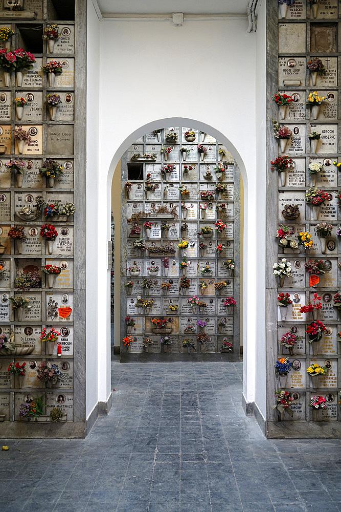 Cimitero Maggiore cemetery, Musocco, Milan, Lombardy, Italy, Europe
