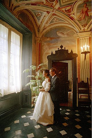 Bride with her father, Italy.
