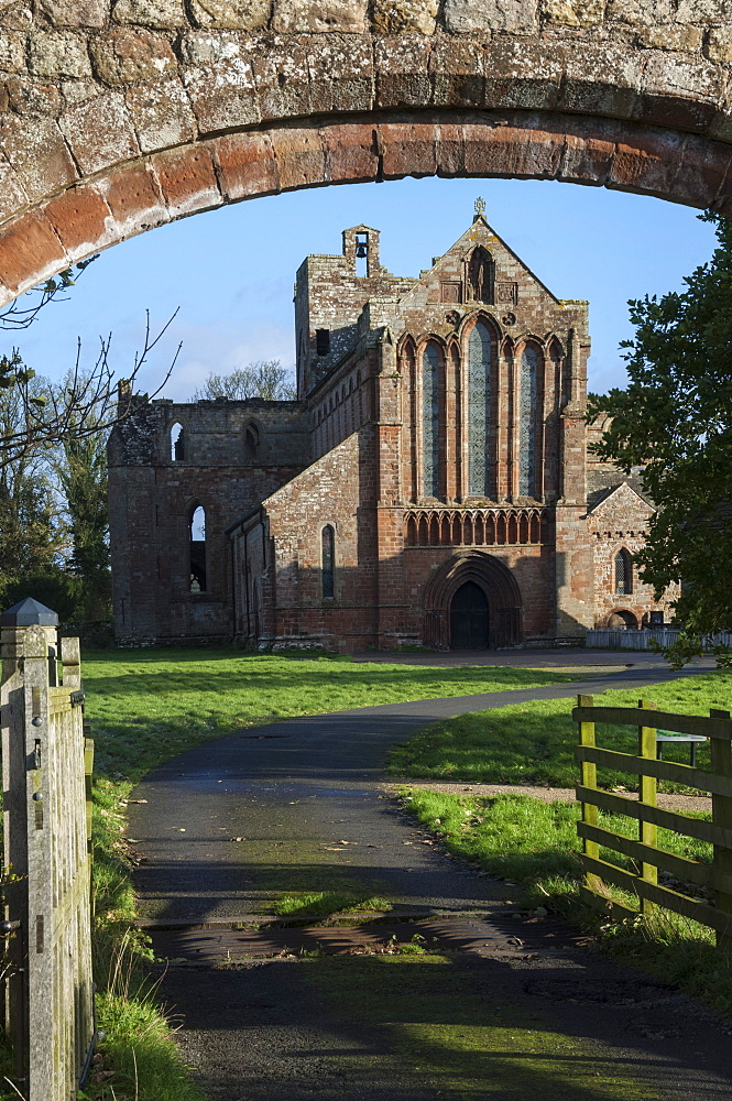 Lanercost Abbey, near Brampton, built largely with stone taken from Hadrians Wall, Cumbria, England, United Kingdom, Europe