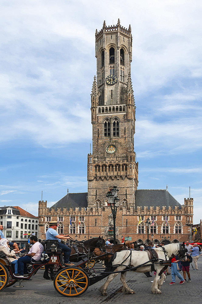 Belfry, 13th century Medieval, Market Square, Horse drawn carriage, Brugge, UNESCO World Heritage Site, West Flanders, Belgium, Europe - 747-1945