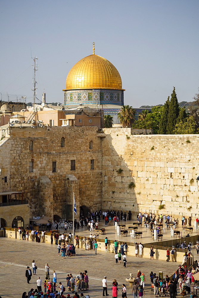 View over the Western Wall (Wailing Wall) and the Dome of the Rock mosque, Jerusalem, Israel, Middle East