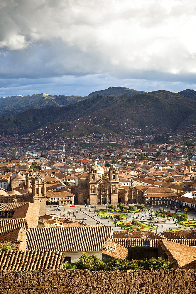 Elevated view over Cuzco and Plaza de Armas, Cuzco, UNESCO World Heritage Site, Peru, South America