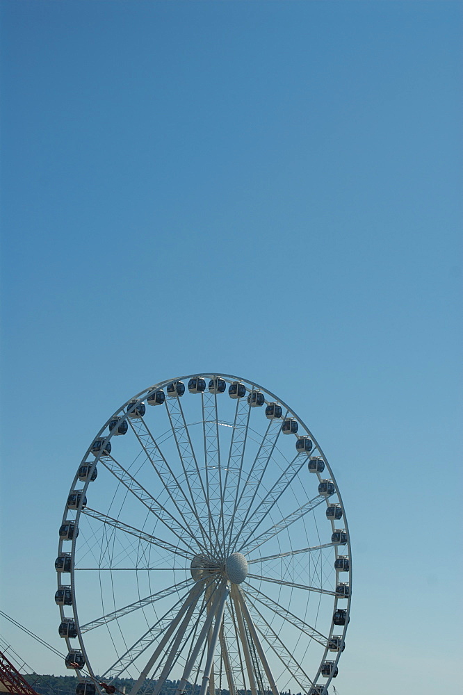 Seattle's Ferris wheel on Pier 57, Seattle, Washington State, United States of America, North America