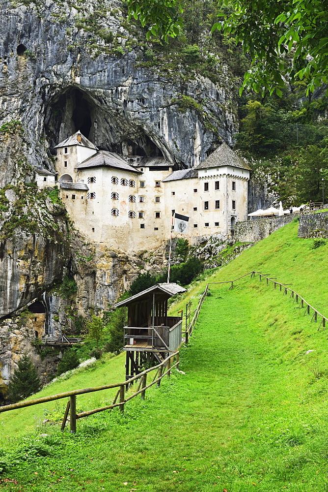 Predjama Castle (Predjamski grad), Predjama, Slovenia, Europe - 756-2749