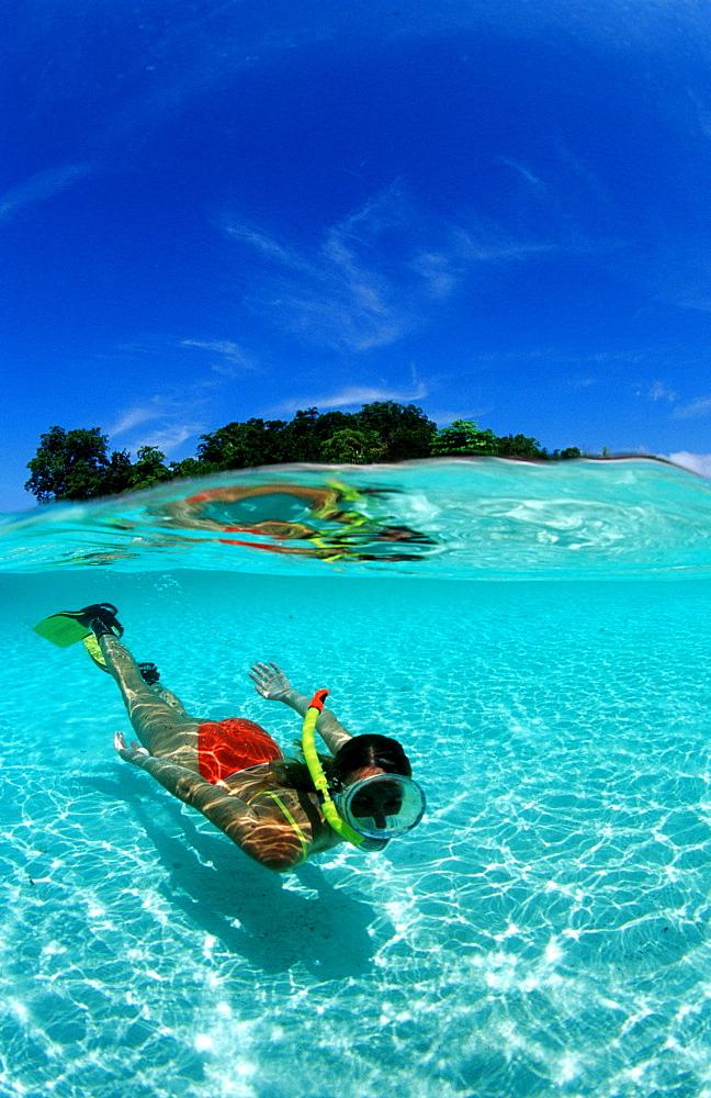 Skindiving, Skin diver, split image, Malaysia, Pazifik, Pacific ocean, Borneo, Sipadan