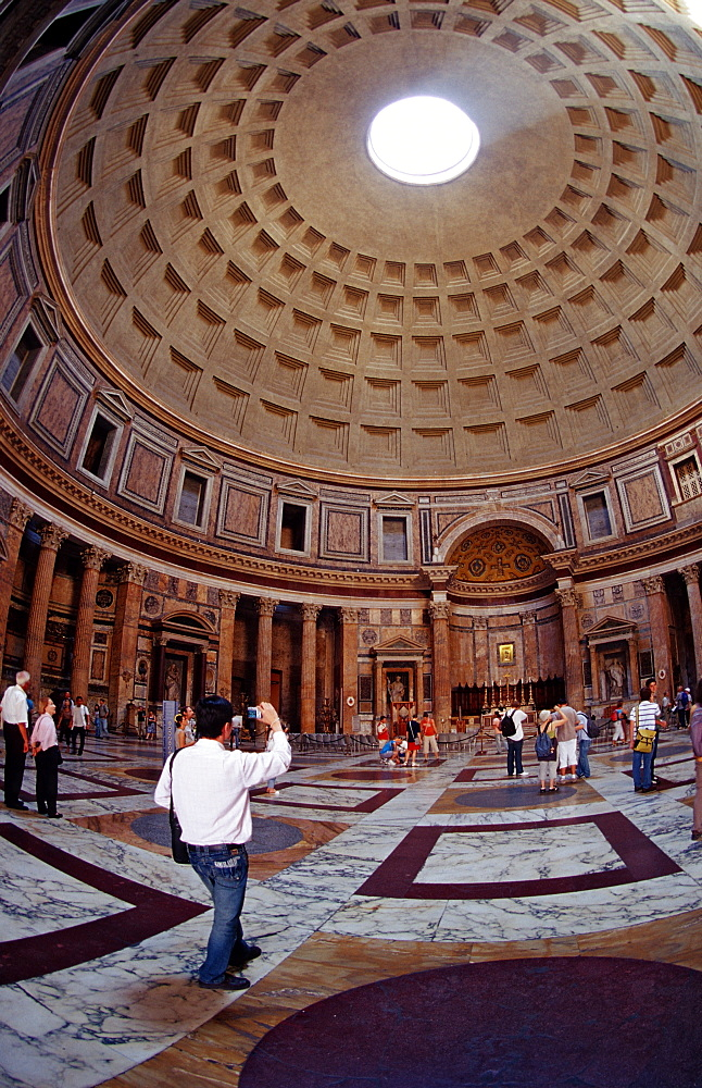 Pantheon, Italy, Rome, Piazza della Rotonda