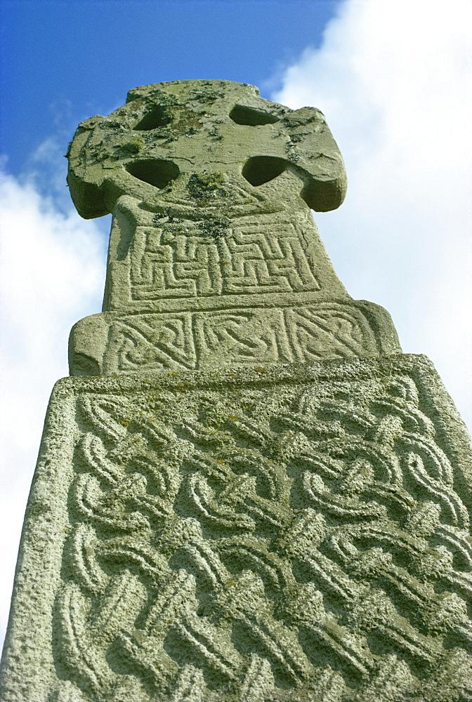Celtic cross, Carew, Pembrokeshire, Wales, United Kingdom, Europe - 76-514