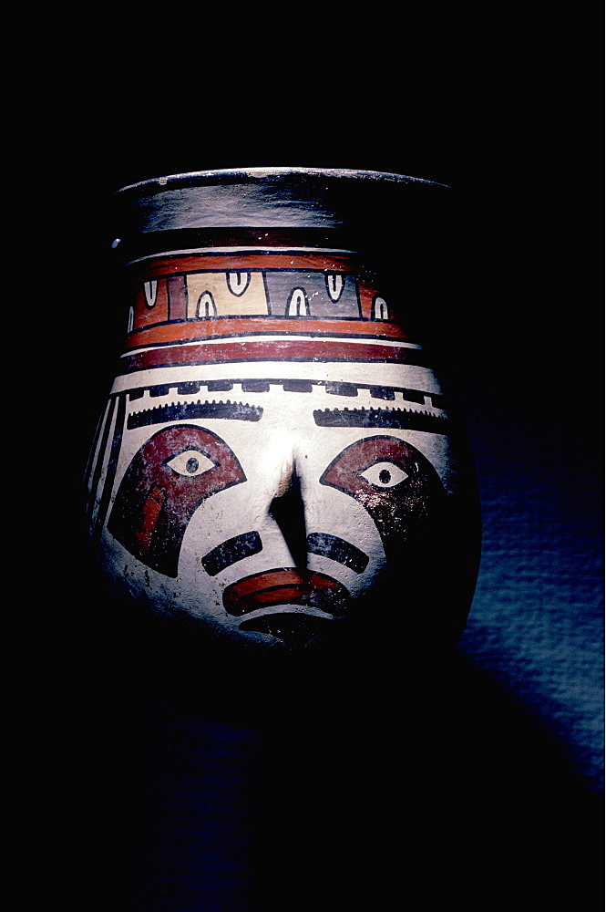 Nazca Culture 100-700 AD ceremonial ceramic beaker with falcon markings in the Collection the Art Institute of Chicago, Peru