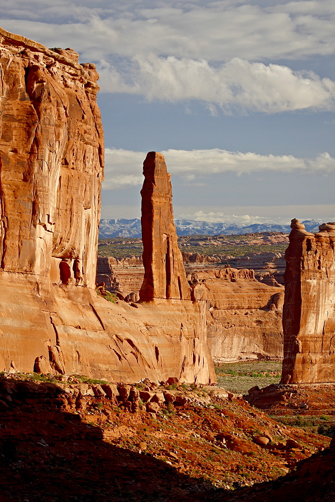 Courthouse Towers and Park Avenue, Arches National Park, Utah, United States of America, North America