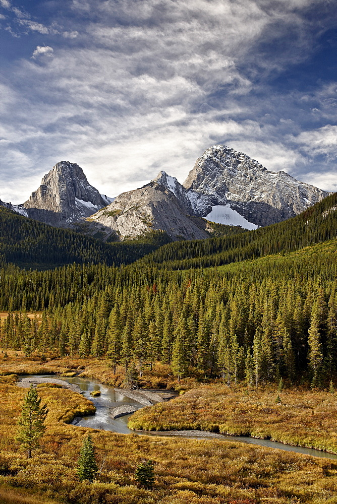Smutts Creek, Commonwealth Peak, Sharks Tooth, and Mount Birdwood, Peter Lougheed Provincial Park, Kananaskis Country, Alberta, Rocky Mountains, Canada, North America