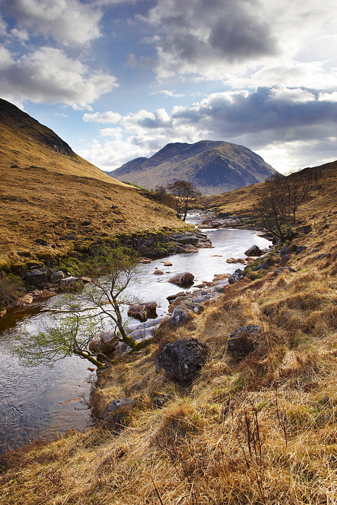 Glen Etive, near Glen Coe (Glencoe), Highland region, Scotland, United Kingdom, Europe - 770-1591