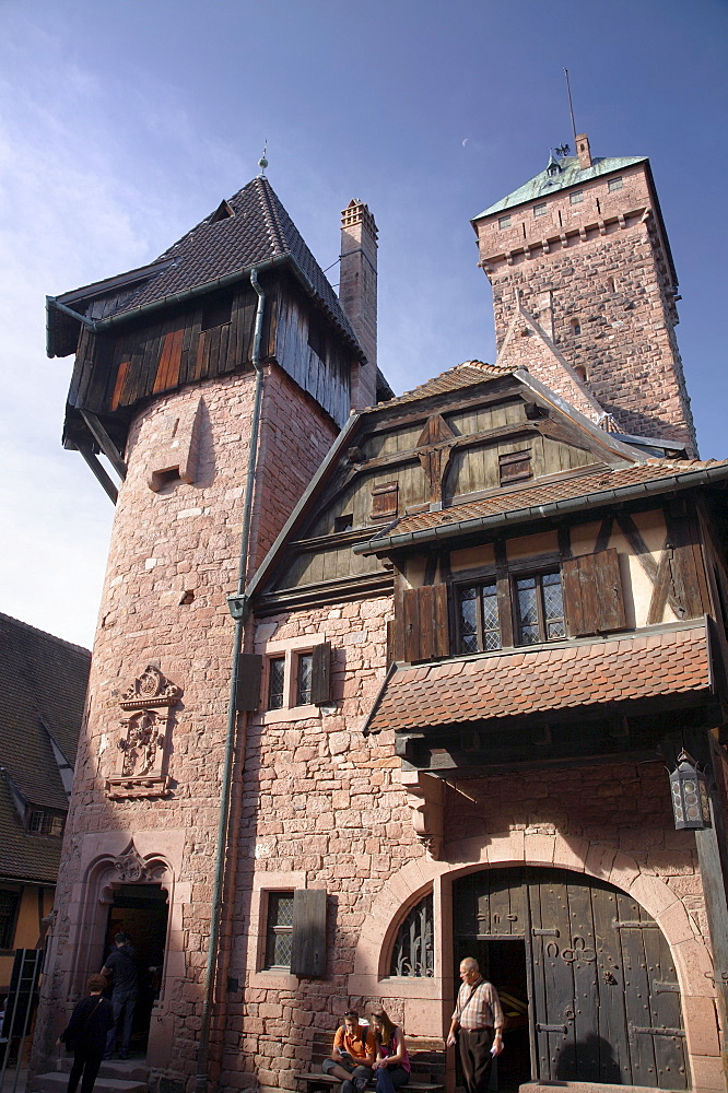 Haut-Koenigsbourg castle, living quarters and the keep from the lower courtyard. An impressive restored medieval castle overlooking the Rhine Plain, Haut Rhin, Alsace, France, Europe - 770-1753