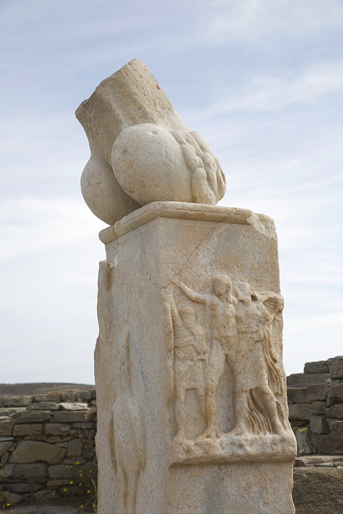 Monument of Carystius, Island of Delos, UNESCO World Heritage Site, Cyclades, Greek Islands, Greece, Europe