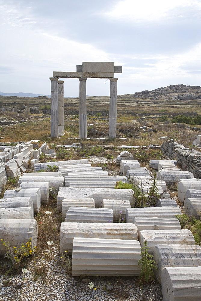 Building of the Poseidoniasts, Island of Delos, UNESCO World Heritage Site, Cyclades, Greek Islands, Greece, Europe