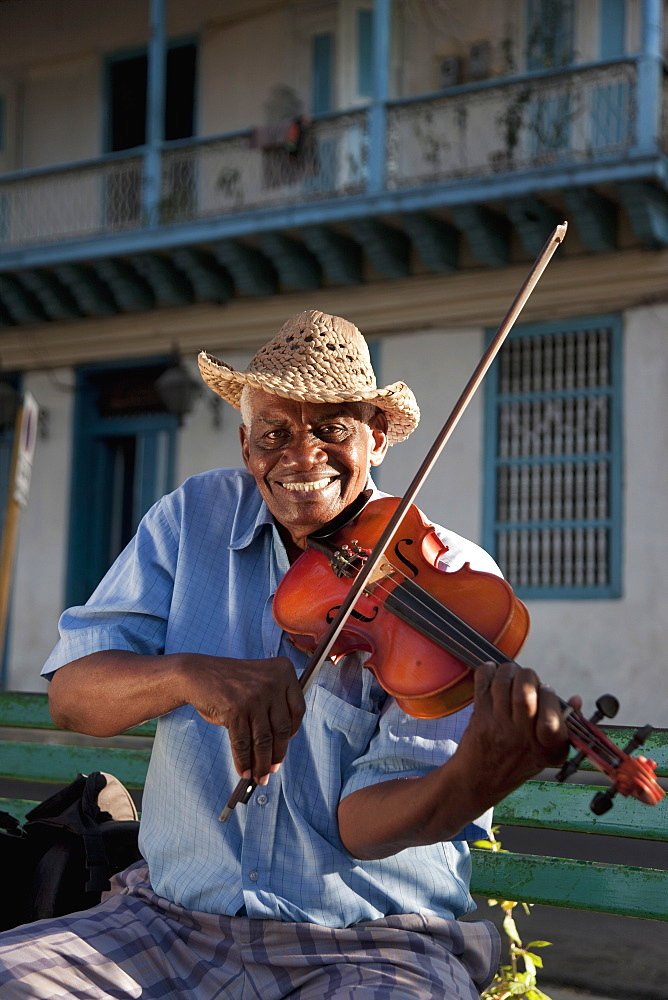 Violin player, Santiago de Cuba, Cuba, West Indies, Central America