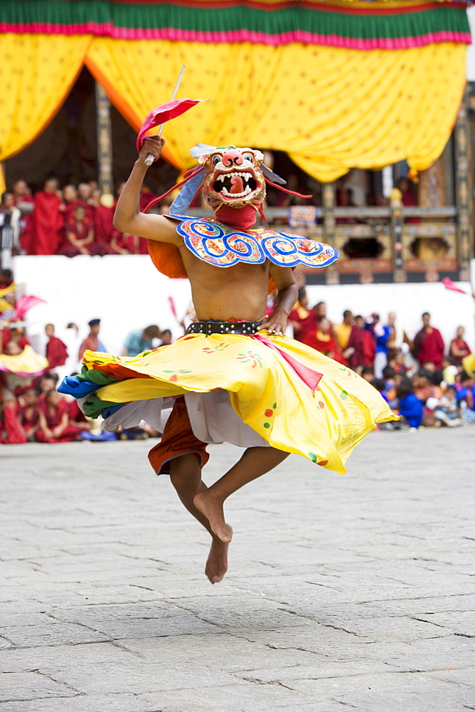 Buddhist festival (Tsechu), Trashi Chhoe Dzong, Thimphu, Bhutan, Asia - 772-373