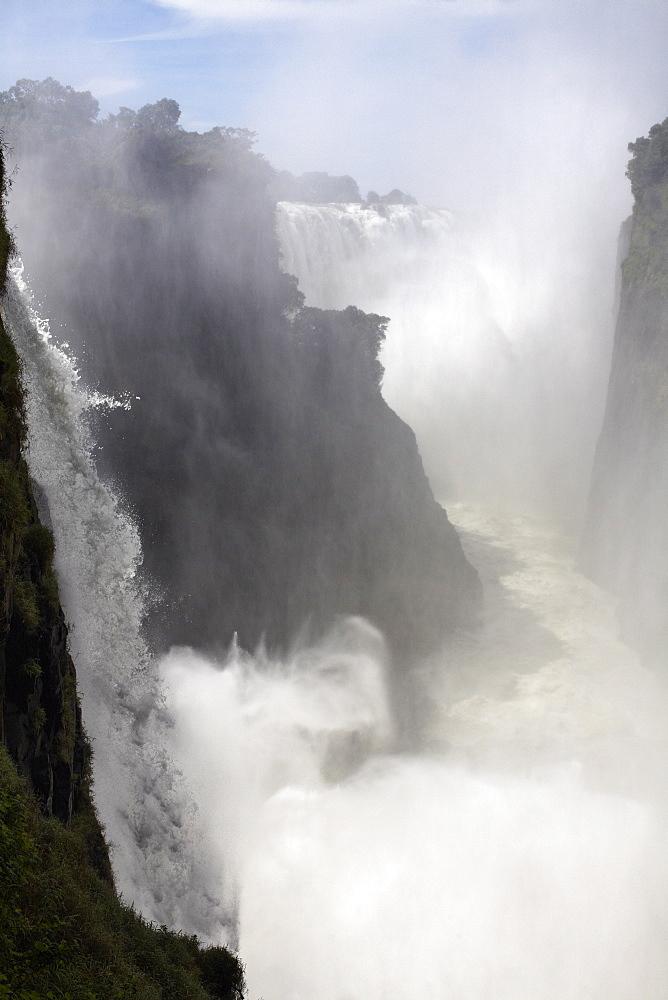 Victoria Falls, UNESCO World Heritage Site, Zimbabwe, Africa - 774-771