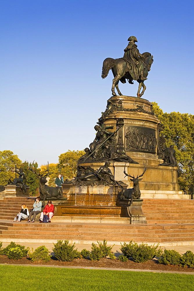 George Washington Monument at Eakins Oval, Fairmount Park, Philadelphia, Pennsylvania, United States of America, North America