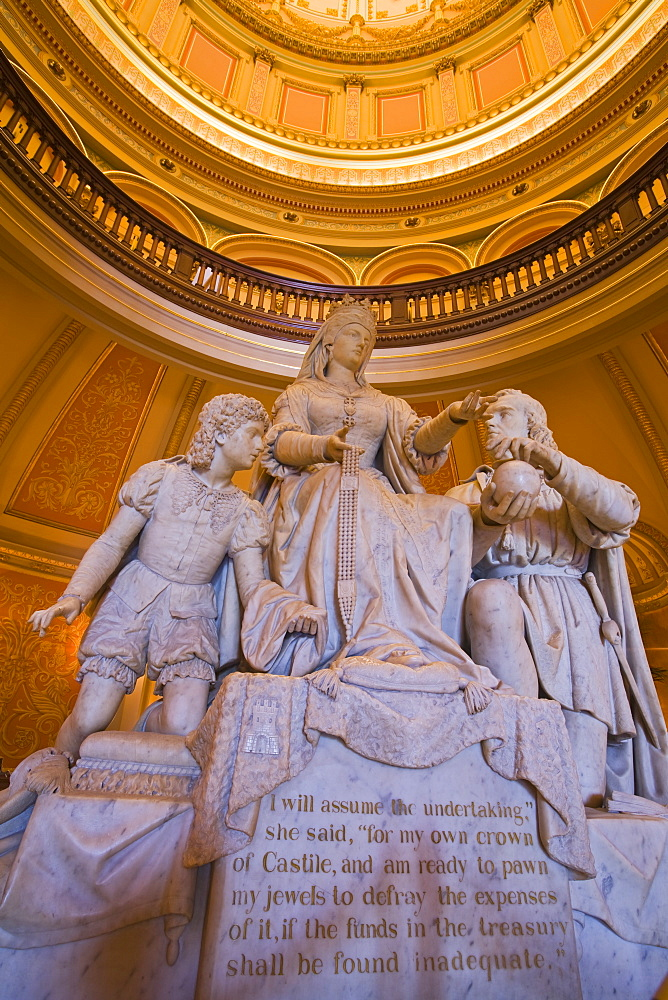 Statue of Queen Isabella and Columbus in the Rotunda of the State Capitol, Sacramento, California, United States of America, North America
