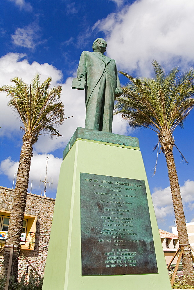 Statue of Doctor Efrain Jonckheer, Riffort Shopping Complex, Willemstad, Curacao, Netherlands Antilles, West Indies, Caribbean, Central America