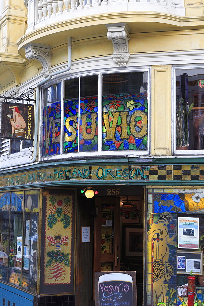 Vesuvio Cafe on Columbus Avenue, San Francisco, California, United States of America, North America
