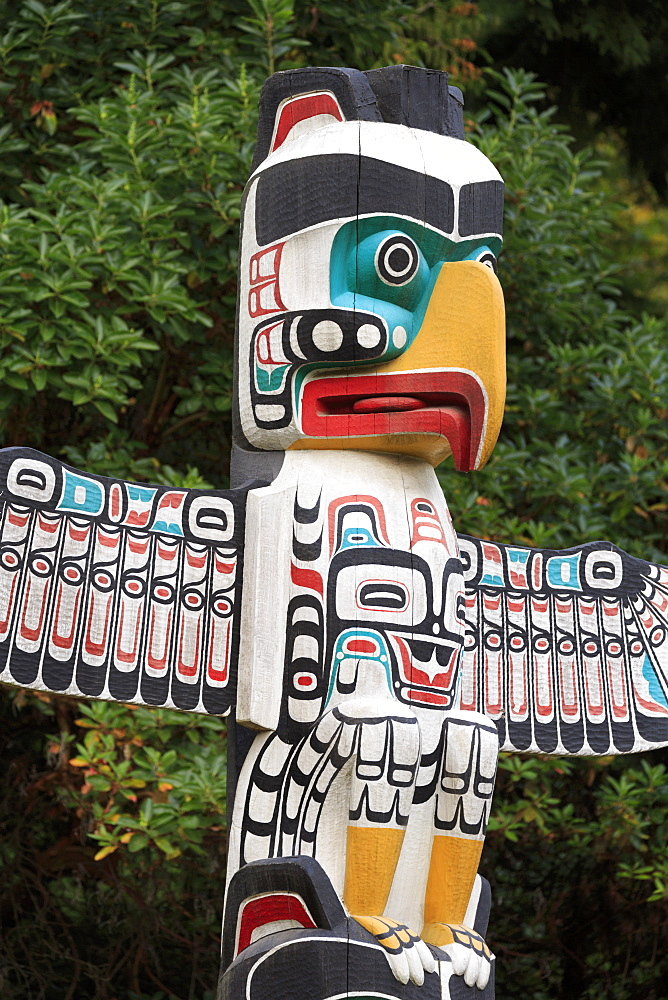Totem Pole, Stanley Park, Vancouver, British Columbia, Canada, North America