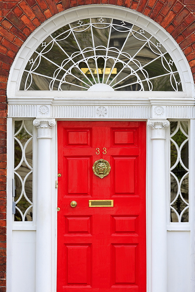 Georgian Door, Merrion Street Upper, Dublin City, County Dublin, Republic of Ireland, Europe - 776-4971