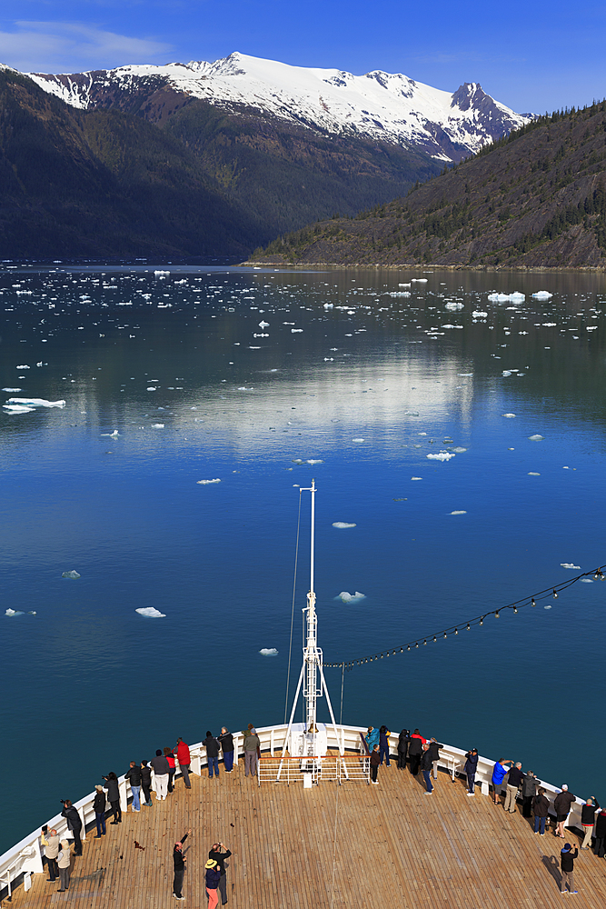 Cruise ship, Endicott Arm, Holkham Bay, Juneau, Alaska, United States of America, North America