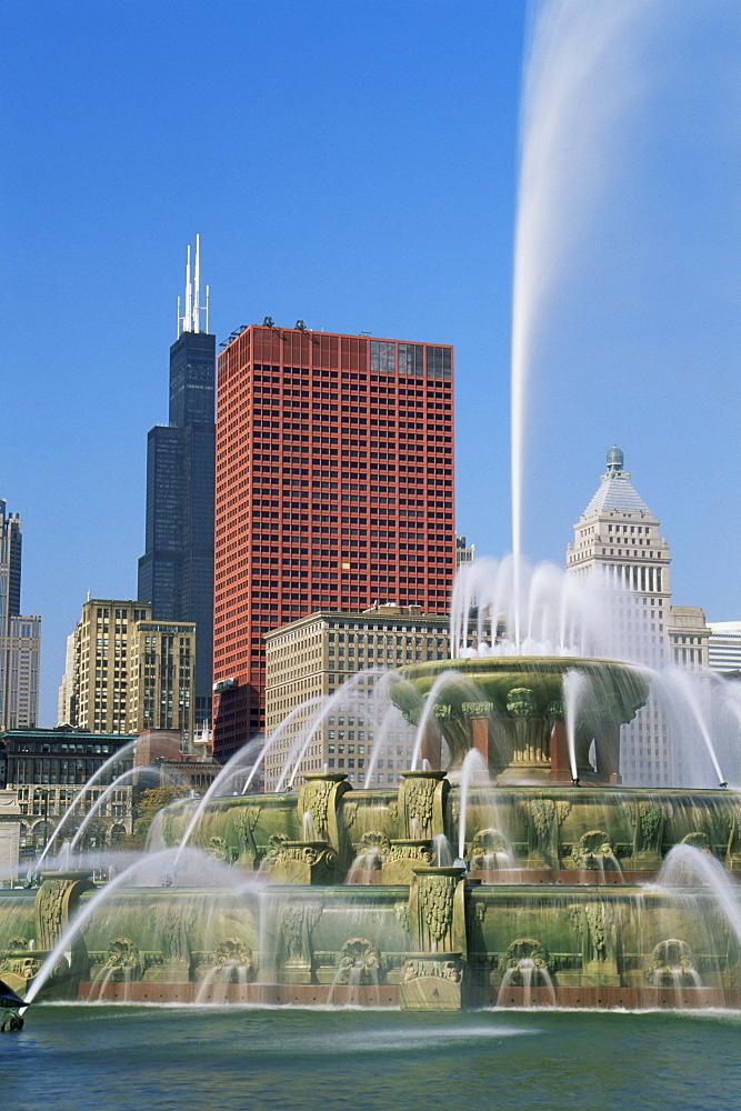 Buckingham Fountain, Grant Park, Michigan Avenue, Chicago, Illinois, United States of America, North America