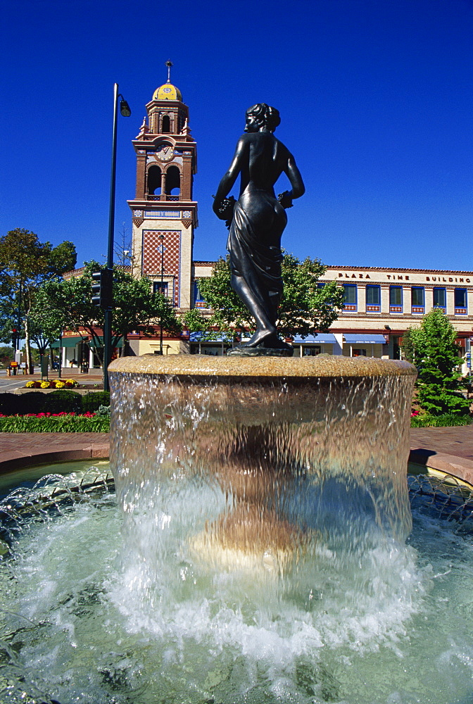 Pomona fountain, Country Club district, Kansas City, Missouri, United States of America, North America