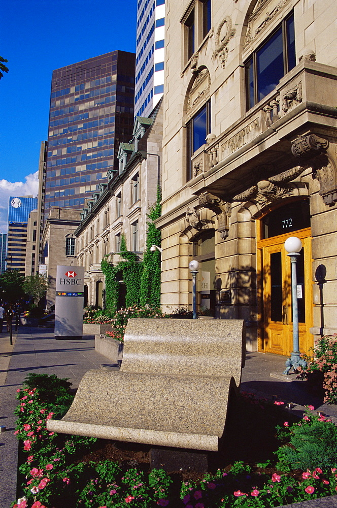 Rue Sherbrooke, Montreal City, Quebec state, Canada, North America