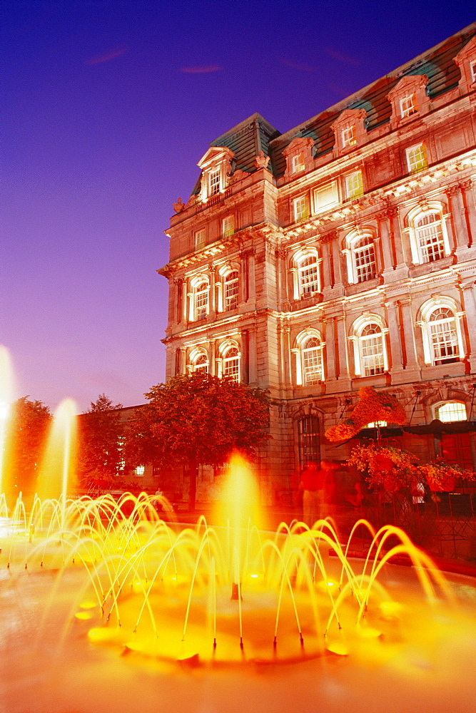 Place Vauquelin fountain and City Hall, Old Town, Montreal, Quebec state, Canada, North America